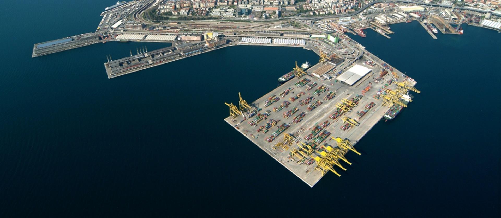 Opere portuali